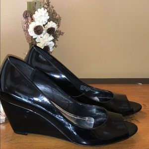 Franco Sarto patent leather wedges